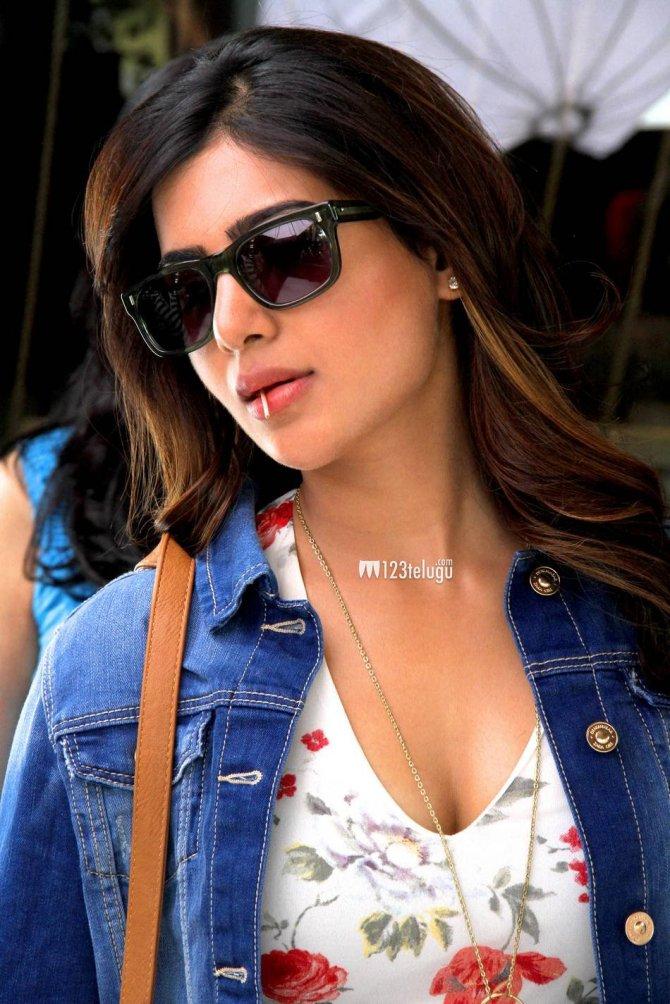 Samantha in Sikandar (2)