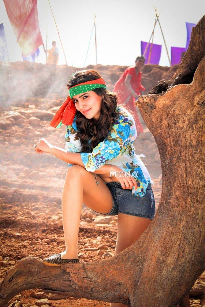 Samantha in Sikandar (5)