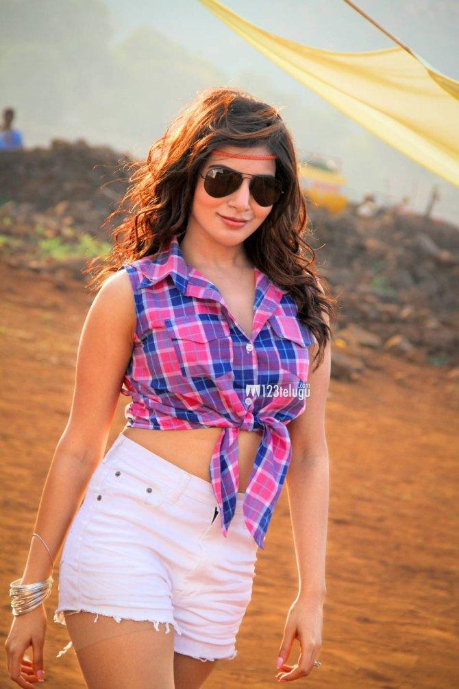 Samantha in Sikandar (6)